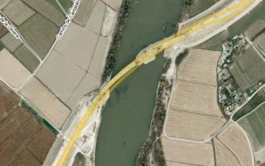 Google Maps - El Ebro bajo la autopista Z40